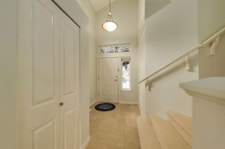 """Photo 2: 81 2200 PANORAMA Drive in Port Moody: Heritage Woods PM Townhouse for sale in """"Quest"""" : MLS®# R2585898"""