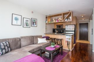 """Photo 1: 2006 1010 RICHARDS Street in Vancouver: Yaletown Condo for sale in """"The Gallery"""" (Vancouver West)  : MLS®# R2252672"""