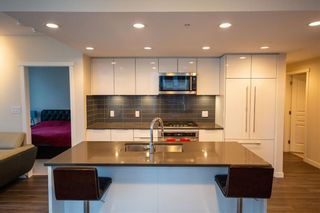 "Photo 2: 1705 3100 WINDSOR Gate in Coquitlam: New Horizons Condo for sale in ""THE LLOYD"" : MLS®# R2475305"