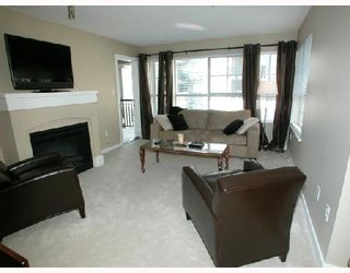 """Photo 2: 302 2958 SILVER SPRINGS Boulevard in Coquitlam: Westwood Plateau Condo for sale in """"TAMARISK"""" : MLS®# V691499"""