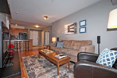 Photo 12: Photos: 02 10 Mendelssohn Street in Toronto: Clairlea-Birchmount Condo for sale (Toronto E04)  : MLS®# E3072295