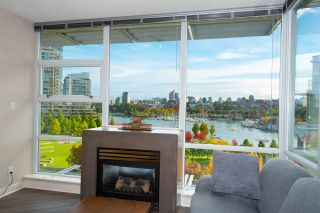 "Photo 4: 802 638 BEACH Crescent in Vancouver: Yaletown Condo for sale in ""ICON"" (Vancouver West)  : MLS®# R2511968"