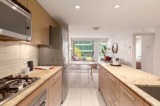 Photo 3: 504 522 W.8th Avenue in Vancouver: Fairview VW Condo  (Vancouver East)  : MLS®# R2603015