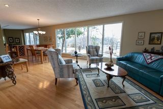 Photo 4: 6405 Southboine Drive in Winnipeg: Charleswood Residential for sale (1F)  : MLS®# 202109133