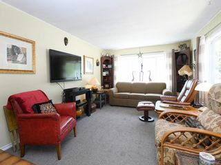 Photo 2: 5 2615 Otter Point Rd in Sooke: Sk Broomhill Manufactured Home for sale : MLS®# 845766