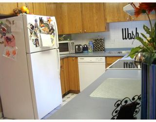 "Photo 4: 5 2865 GLEN Drive in Coquitlam: Eagle Ridge CQ House for sale in ""BOSTON MEADOWS"" : MLS®# V667821"