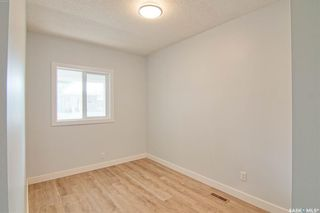 Photo 12: 323 G Avenue South in Saskatoon: Riversdale Residential for sale : MLS®# SK866116