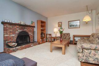 Photo 3: 8912 WATSON Drive in Delta: Nordel House for sale (N. Delta)  : MLS®# R2339817