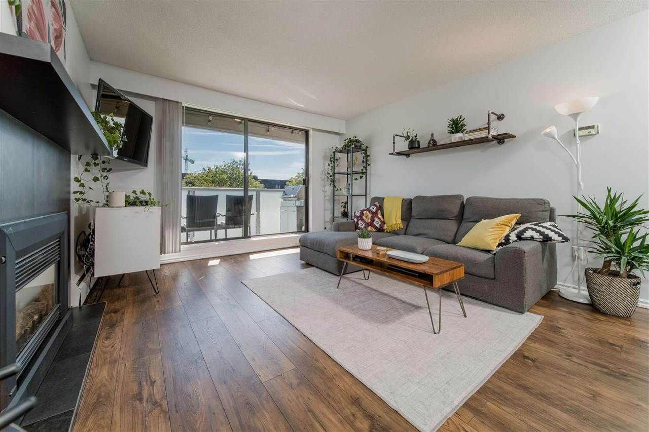 """Main Photo: 107 308 W 2ND Street in North Vancouver: Lower Lonsdale Condo for sale in """"Mahon Gardens"""" : MLS®# R2481062"""
