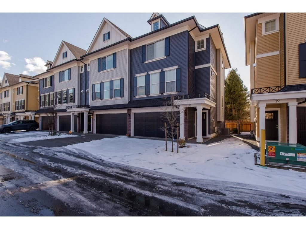 Main Photo: 20 1640 MACKAY Crescent: Agassiz Townhouse for sale : MLS®# R2342586