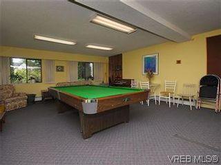Photo 14: 101 1050 Park Blvd in VICTORIA: Vi Fairfield West Condo for sale (Victoria)  : MLS®# 570311
