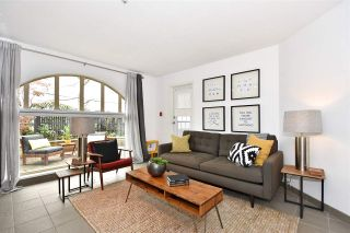 """Photo 4: 104 55 E 10TH Avenue in Vancouver: Mount Pleasant VE Condo for sale in """"ABBEY LANE"""" (Vancouver East)  : MLS®# R2265111"""