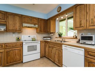 """Photo 11: 2422 123A Street in Surrey: Crescent Bch Ocean Pk. House for sale in """"Crescent Heights"""" (South Surrey White Rock)  : MLS®# R2186856"""