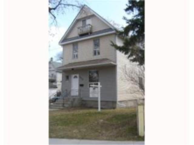 Main Photo:  in WINNIPEG: West End / Wolseley Residential for sale (West Winnipeg)  : MLS®# 1003545