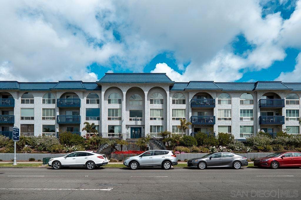 Main Photo: Condo for sale : 2 bedrooms : 333 Orange Ave #38 in Coronado