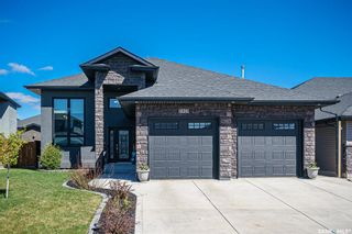 Photo 3: 424 Player Crescent in Warman: Residential for sale : MLS®# SK855844