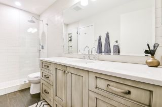 """Photo 13: 415 6833 VILLAGE Green in Burnaby: Highgate Condo for sale in """"Carmel"""" (Burnaby South)  : MLS®# R2501447"""