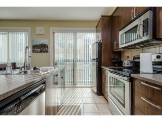 Photo 5: 217 45530 market Way in chilliwack: Vedder S Watson-Promontory Condo for sale (Sardis)  : MLS®# R2039366