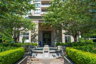 """Photo 4: 306 4333 CENTRAL Boulevard in Burnaby: Metrotown Condo for sale in """"PRESIDIA"""" (Burnaby South)  : MLS®# R2480001"""
