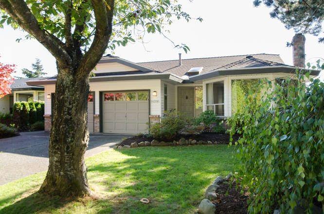 Photo 2: Photos: 14206 20 Avenue in Surrey: Sunnyside Park Surrey House for sale (South Surrey White Rock)  : MLS®# R2116136