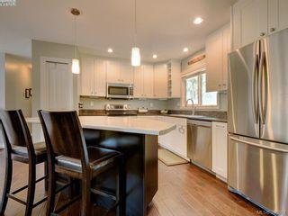 Photo 8: 3185 Monnington Pl in VICTORIA: La Glen Lake Half Duplex for sale (Langford)  : MLS®# 793814