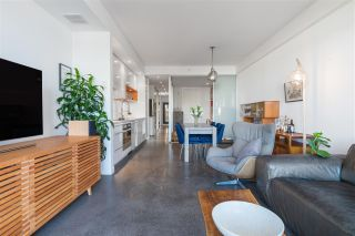 """Photo 1: 203 256 E 2ND Avenue in Vancouver: Mount Pleasant VE Condo for sale in """"JACOBSEN"""" (Vancouver East)  : MLS®# R2481756"""