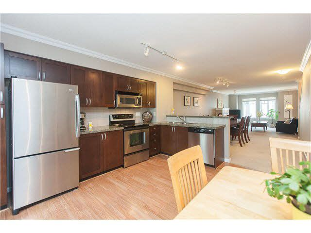 """Photo 3: Photos: 113 12040 68 Avenue in Surrey: West Newton Townhouse for sale in """"TERRANE"""" : MLS®# F1446726"""