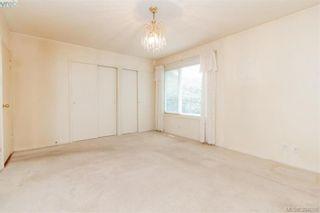 Photo 13: 8591 Lochside Dr in NORTH SAANICH: NS Bazan Bay House for sale (North Saanich)  : MLS®# 790088