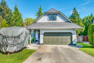 Photo 4: 6130 PARKSIDE Close in Surrey: Panorama Ridge House for sale : MLS®# R2454955