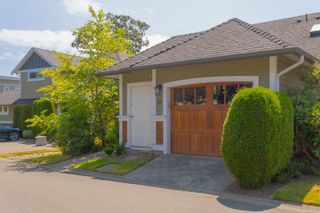 Photo 2: 37 10520 McDonald Park Rd in : NS Sandown Row/Townhouse for sale (North Saanich)  : MLS®# 882717