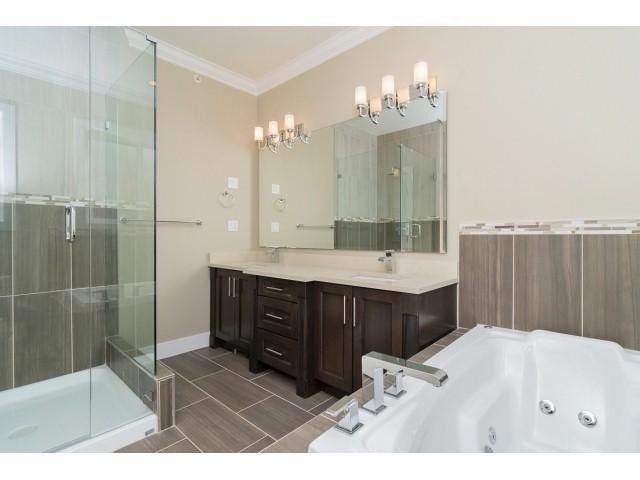 """Photo 11: Photos: 9 1426 FINLAY Street: White Rock House for sale in """"Coach House Property"""" (South Surrey White Rock)  : MLS®# F1424343"""
