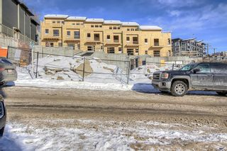 Photo 7: 206 426 3 Avenue NE in Calgary: Bridgeland/Riverside Row/Townhouse for sale : MLS®# A1067833