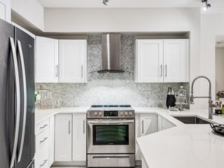 Photo 2: 213 838 19 Avenue SW in Calgary: Lower Mount Royal Apartment for sale : MLS®# A1114629