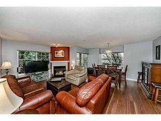 "Photo 6: 55 8892 208 Street in Langley: Walnut Grove Townhouse for sale in ""Hunters Run"" : MLS®# R2435766"