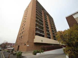 Main Photo: 408 15 Avenue SW in Calgary: Connaught Single Level Apartment for sale ()  : MLS®# C3483597