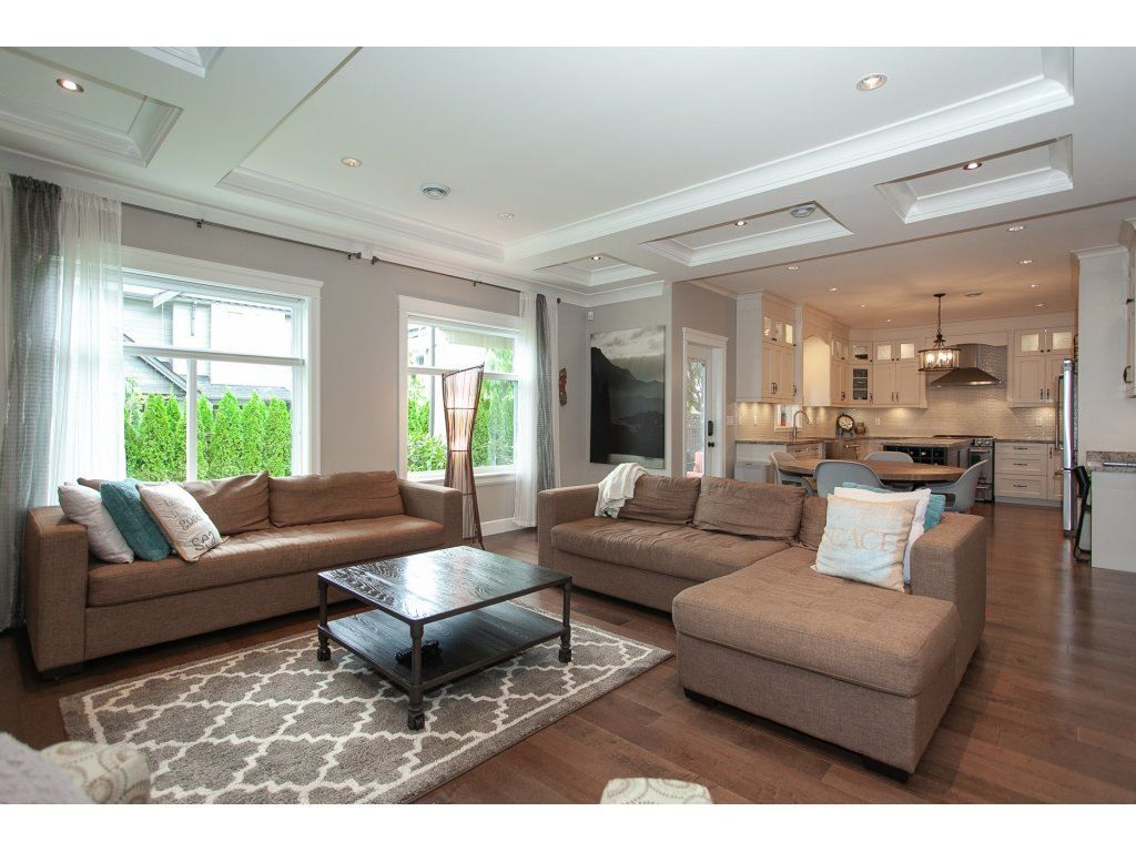 Photo 6: Photos: 1413 130 Street in Surrey: Crescent Bch Ocean Pk. House for sale (South Surrey White Rock)  : MLS®# R2311122