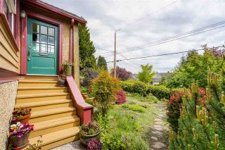 """Photo 3: 1613 SEVENTH Avenue in New Westminster: West End NW House for sale in """"West End"""" : MLS®# R2579061"""