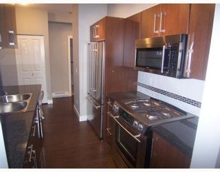 "Photo 2: PH3 587 W 7TH Avenue in Vancouver: Fairview VW Condo for sale in ""AFFINITI"" (Vancouver West)  : MLS®# V696581"