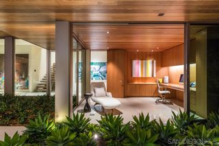 Photo 19: LA JOLLA House for sale : 6 bedrooms : 6251 La Jolla Scenic Dr So.