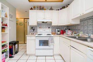 Photo 4: 852 LEE Street: White Rock House for sale (South Surrey White Rock)  : MLS®# R2529656