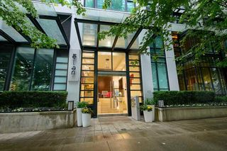 """Photo 1: 2902 1255 SEYMOUR Street in Vancouver: Downtown VW Condo for sale in """"ELAN"""" (Vancouver West)  : MLS®# R2472838"""