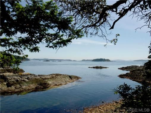 Main Photo: 10865 Fernie Wynd RD in NORTH SAANICH: Land for sale : MLS®# 320358