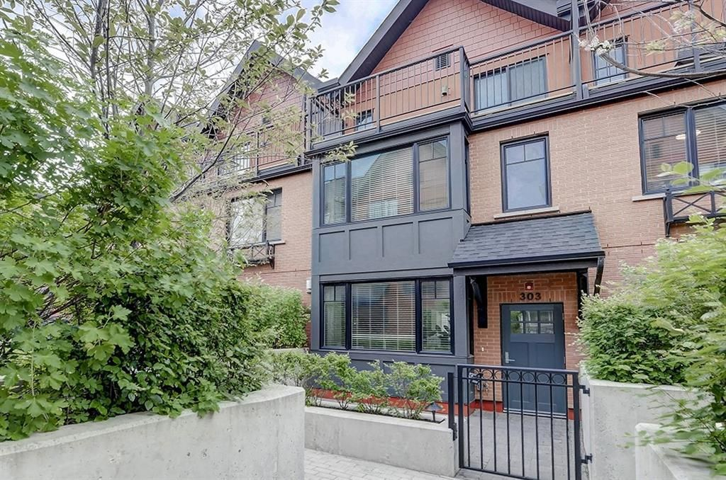Main Photo: 303 1818 14A Street SW in Calgary: Bankview Row/Townhouse for sale : MLS®# C4303563