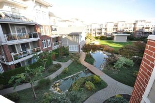 Photo 2: 304 4280 Moncton Street in The Village: Home for sale : MLS®# V916379