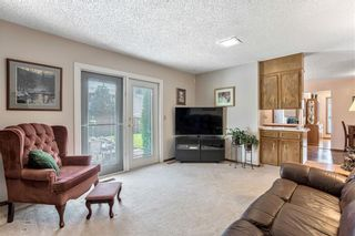 Photo 14: 16 WOODFIELD Court SW in Calgary: Woodbine Detached for sale : MLS®# C4266334