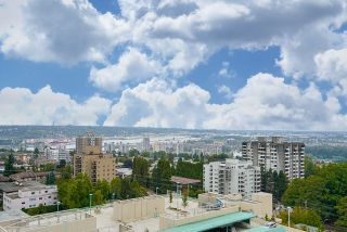 """Photo 2: 1603 739 PRINCESS Street in New Westminster: Uptown NW Condo for sale in """"BERKLEY PLACE"""" : MLS®# R2104149"""