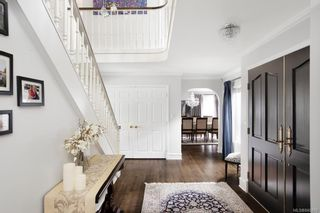 Photo 5: 3075 Devon Rd in Oak Bay: OB Uplands House for sale : MLS®# 840476