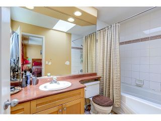 """Photo 12: 1148 HANSARD Crescent in Coquitlam: Central Coquitlam House for sale in """"S"""" : MLS®# R2050162"""