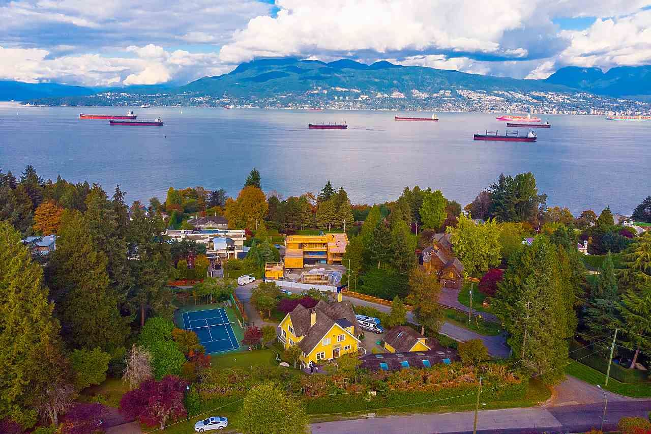 Main Photo: 4818 FANNIN Avenue in Vancouver: Point Grey House for sale (Vancouver West)  : MLS®# R2517620