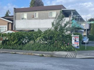 Main Photo: 6366 IMPERIAL Street in Burnaby: Highgate House for sale (Burnaby South)  : MLS®# R2611941